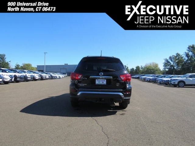 Certified Pre-Owned 2017 Nissan Pathfinder SL