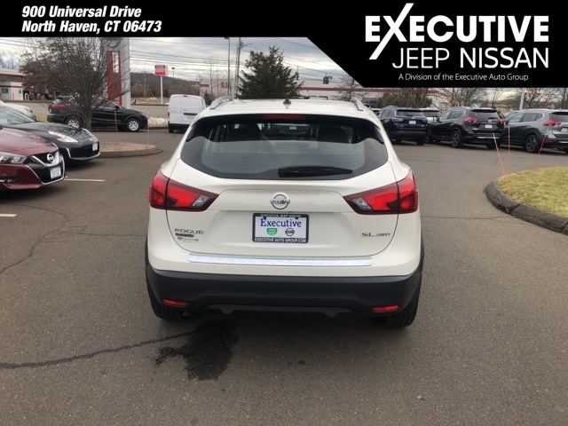 Certified Pre-Owned 2018 Nissan Rogue Sport SL